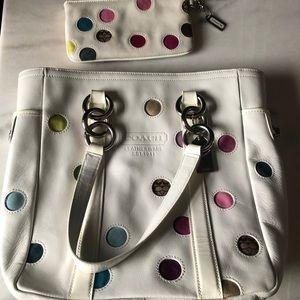 Rare Coach White Leather Gallery Tote/Purse set